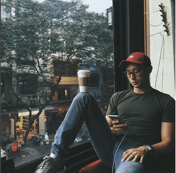 Cách đội mũ lưỡi trai đẹp cho nam - ảnh 9