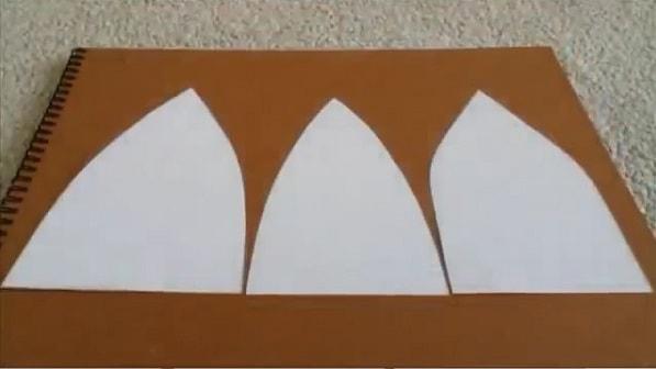 Cách làm nón lưỡi trai bằng giấy - bước 2