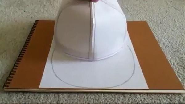 Cách làm nón lưỡi trai bằng giấy - bước 8
